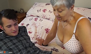 Granny Savana fucked with naturally hard obese stick