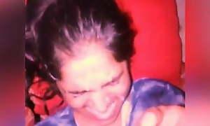 Girlfriend ke face pe pani giraya gf ko choda hindi girlfrie