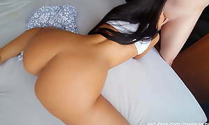 Babe Fucks Hard and Cums from Fingers take her Bore