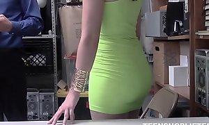Young Brunette Teen Pornstar Shoplifter Violet Rain Sex At hand Attach Guard