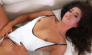 Curly-haired latina opens her indiscretion down coupled with welcomes hither huge dick
