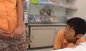 Teen Grocery Store Worker Gets A Creampie There Date a review