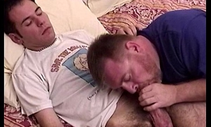 Amateur faggot lover gets a cocksucking