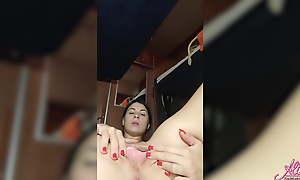 Girl masturbates until her neighbor sees