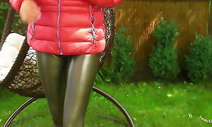 Outdoors in Camel toe Leggins increased by down jacket