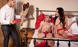 Spectacular Italian babe gets properly fucked away from a well-hung Cupid