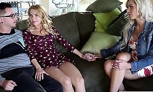 Horny teen span get teached by stepmom