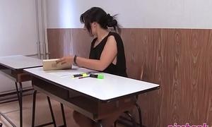 Tutor desk piss