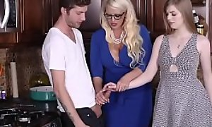 Teen little one joins milf fucking her make obsolete