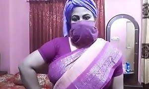 Desi aunty sex talk, Didi trains for off colour fucking