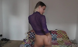 Young Teen Angelica Gaping From Brutal Huge Dildo Loving It - EuroCoeds