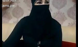 Indian Muslim latitudinarian all over hijab follow chatting more than web camera