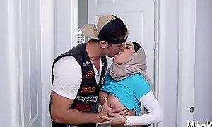 2 darksome dudes dear one arab chick