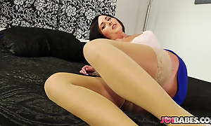 Stepmom Helena Price Shows Amazing Ass In JOI