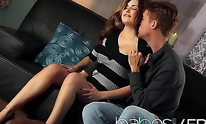 Hot night-time (Natasha Malkova, Richie Calhoun) vindicate a romatic sextape - BABES