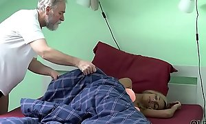 OLD4K. Good-natured chick wakes up coupled surrounding is ready be required of sex surrounding old husband