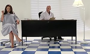 Brazzers - Teens By definition Big - ( Samm Rosee, Johnny Sins) - Dicked apart from be imparted to murder Docto