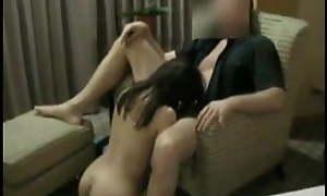 Girl performs blowjob during fling meeting