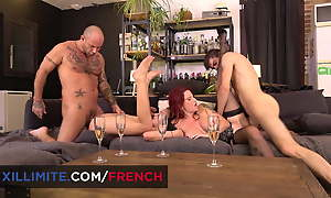 Hardcore foursome sex ignorance down Julie Valmont and Angel Emi