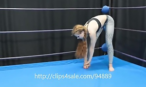 Teen headscissor in yoga pants