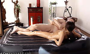 Masseuse Hime Marie Has Nonpareil Reviews For Happy Endings