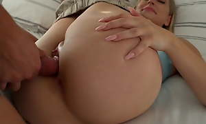 Stepbrother Cums Reversed The brush Pussy