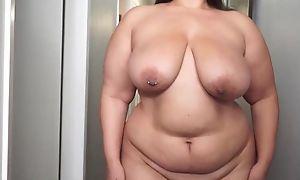 Fat shadowy masturbates like there's no tomorrow