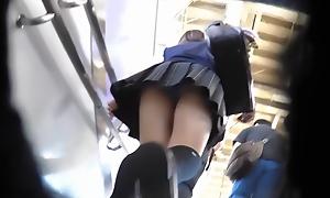 UPSKIRT TEEN JAPANESE SCHOOL GIRLS JK逆さパンチラ詰め合わせ